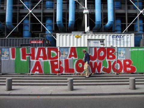 13-08-26-GRAFFITI-ParisIV-rueBeaubourg-photoYP