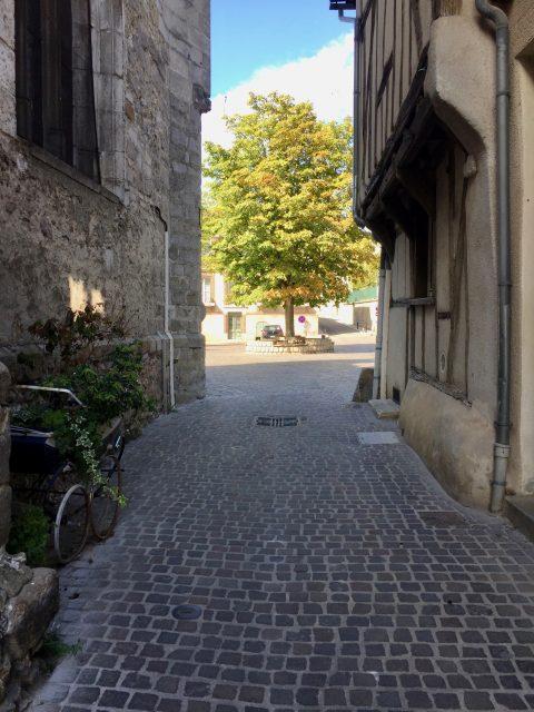 De la rue des Moines à la place Saint-André