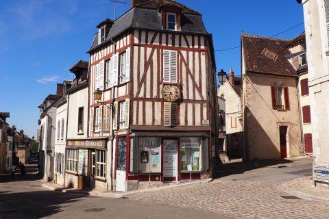 Le quartier Saint-Thibault