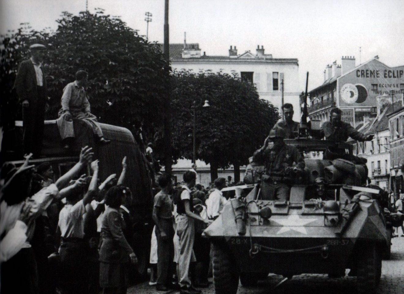 EsS Ma ville-Rue de Paris, Libération 1